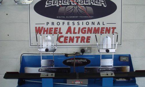 HiQ Redditch Supertracker Lazer 4 Wheel Alignment