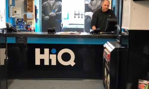 HiQ Rushden Manager Gary Upton at reception