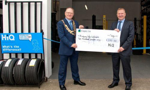 Cheque winners Newquay Lifesavers