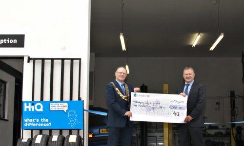 Cheque winners Newquay Lifesavers 2