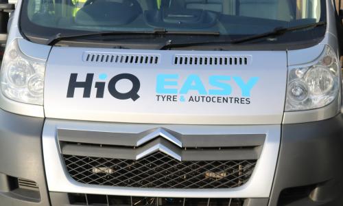 HiQ Nottingham tyre fitting van