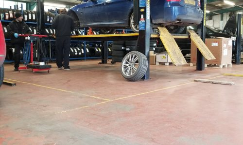 Hi Q Tyres Autocare Telford vehicle maintenance