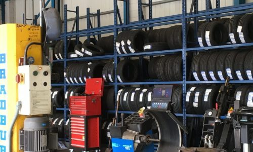 HiQ Hull tyres in stock in a range of sizes and brands, from budget to premium