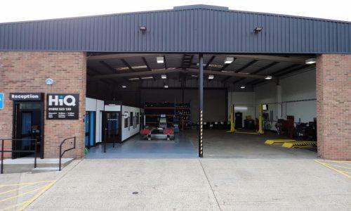 HiQ Tunbridge Wells bays and customer entrance