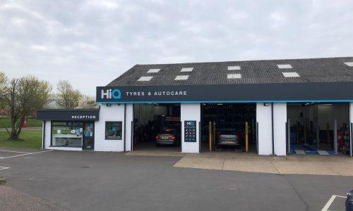HiQ-Tyres-Autocare-Chelmsford-exterior-1.jpg