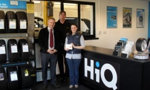 HiQ Ipswich- Catherine Chapman with prize draw for SAT NAV