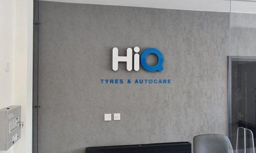 HiQ-Tyres-Autocate-Kings-Lynn-New-Signage.jpg