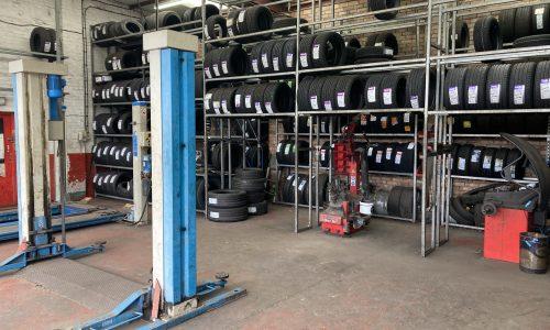 HiQ-Tyres-Autocare-Barwell-workshop.jpg