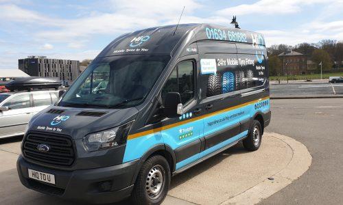 Hi Q2 U Mobile van with new Hi Q livery