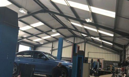Hi Q Tyres Autocare Ruthin workshop equipment
