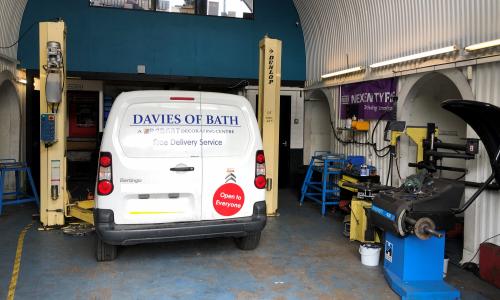 HiQ Tyres & Autocare Bath customer vehicle in service