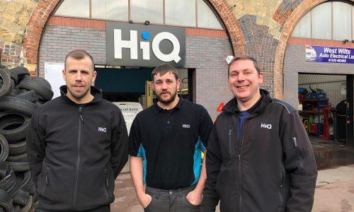 HiQ Tyres & Autocare Bath exterior team shot