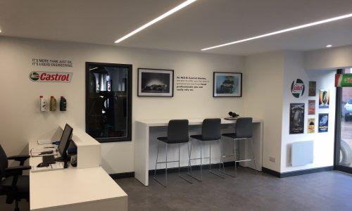 HiQ Castrol Centre Reception Room