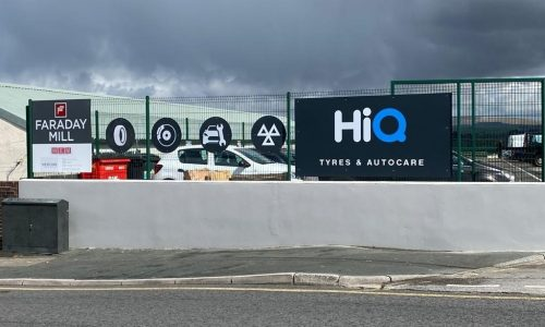 Roadside-signage-HiQ Tyres & Autocare plymouth.jpg
