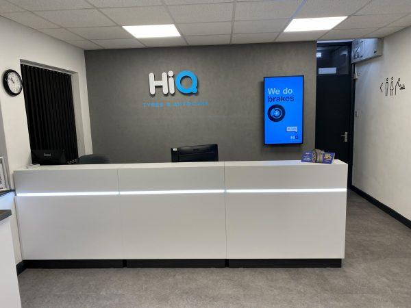 Hi Q Tyres Autocare Chelmsford new desk